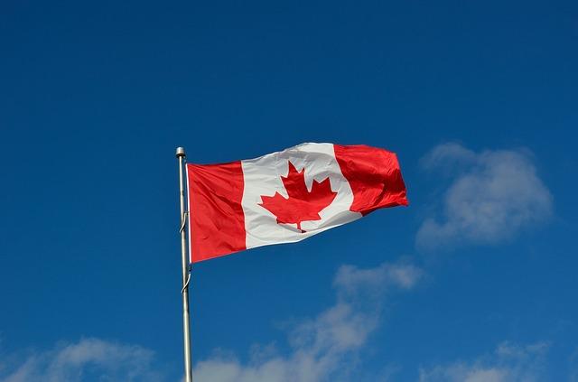Demander-sa-residence-permanente-au-Canada-canadian-flag-atlasemploi.com_